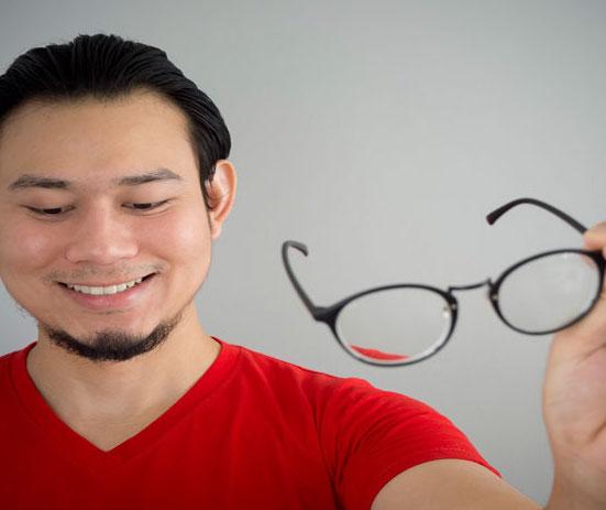 Lasik (eye clinics)